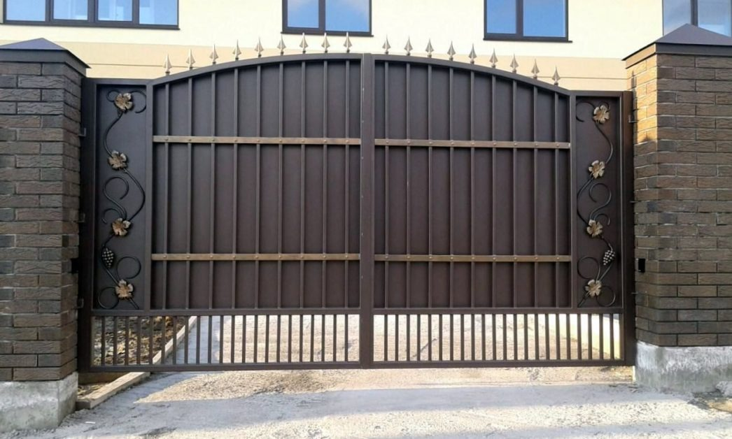 металлические ворота 1